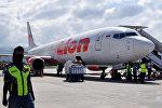 Самолет Lion Air Boeing 737-800 в аэропорту, архивное фото