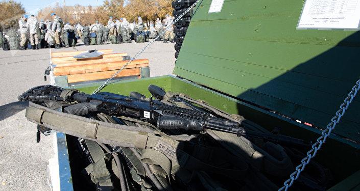 Оружие и патроны казахстанские миротворцы везут с собой