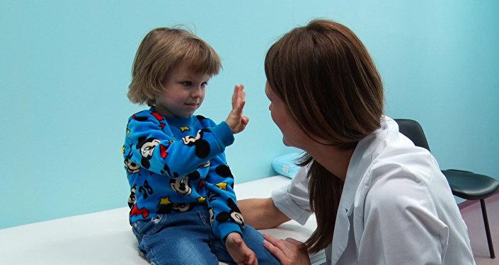 Зарубежные хирурги бесплатно прооперируют детей с дефектами