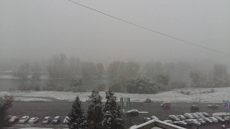 Первый снег в Усть-Каменогорске