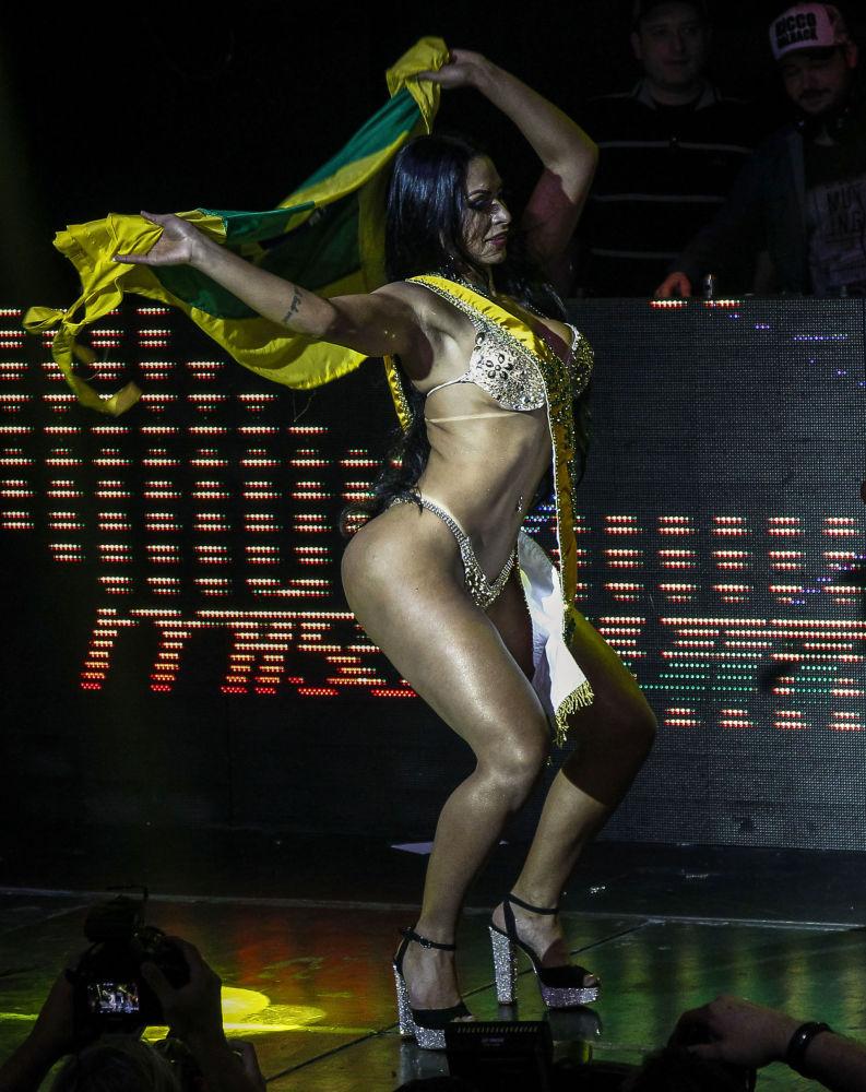 Победительница конкурса Мисс Бумбум-2018 в Бразилии