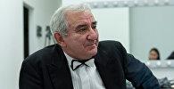 Всемирно известный музыкант, искусствовед, писатель, педагог и просветитель Михаил Казиник