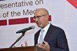 представитель ОБСЕ по вопросам свободы СМИ Арлем Дезир во время  Центрально-Азиатской конференции СМИ Будущее журналистики