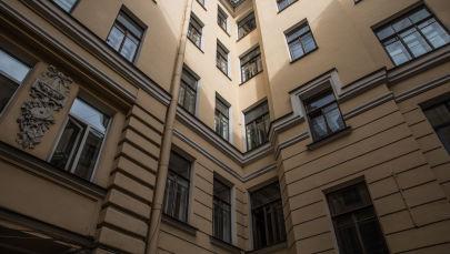 Двор в Санкт-Петербурге