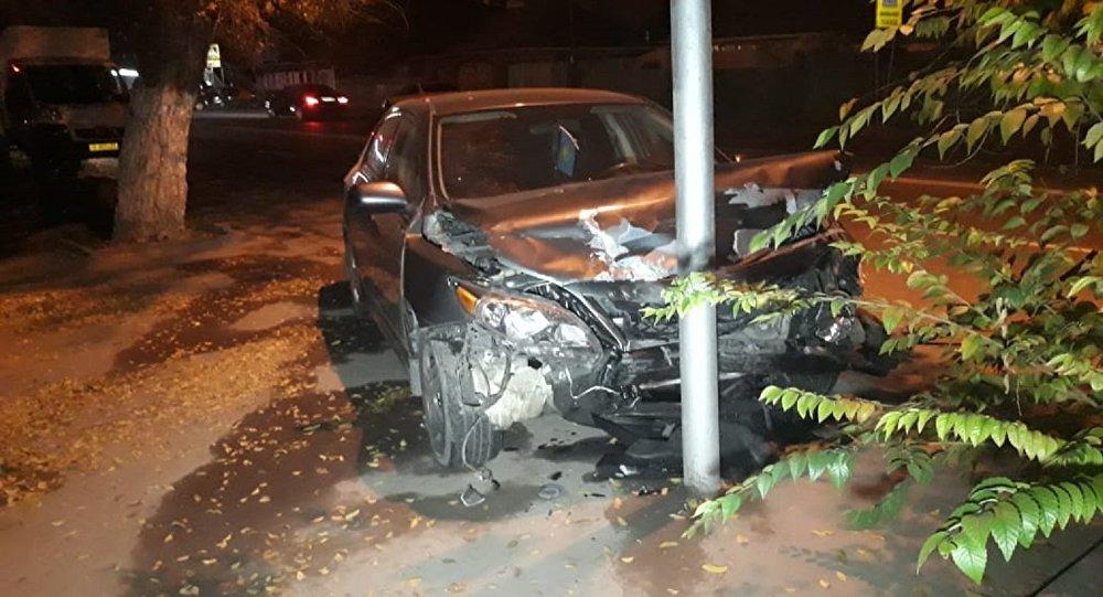 В ДТП с участием такси пострадали пять человек