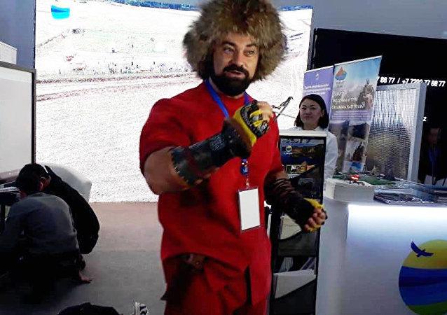 Сергей Цырульников на Туристической выставке