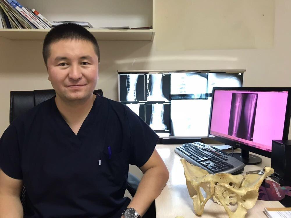 Ғалымов Досбол Ғалымұлы, травматолог дәрігер