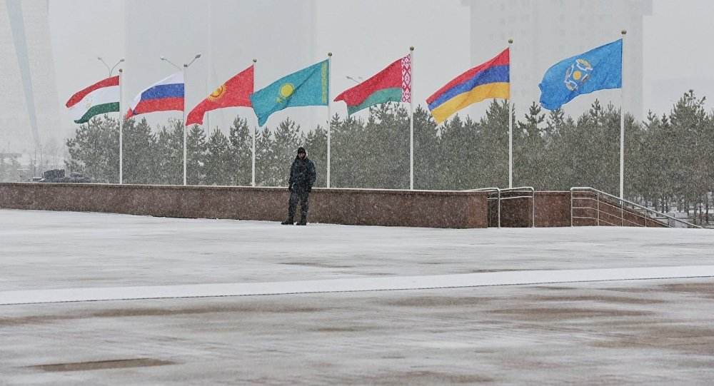 Флаги ОДКБ. Саммит ОДКБ проходит в Астане 8 ноября 2018 года