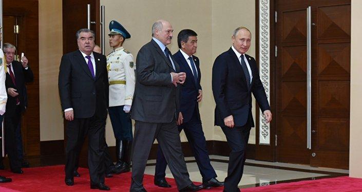 Президенты на совещании ОДКБ в Астане, 8 ноября 2018 года