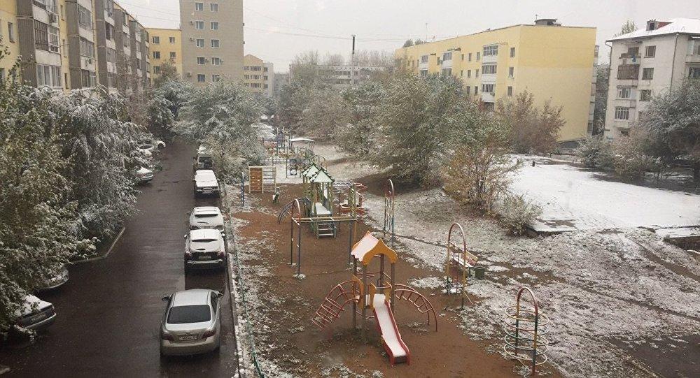 Астанаға қар жауды
