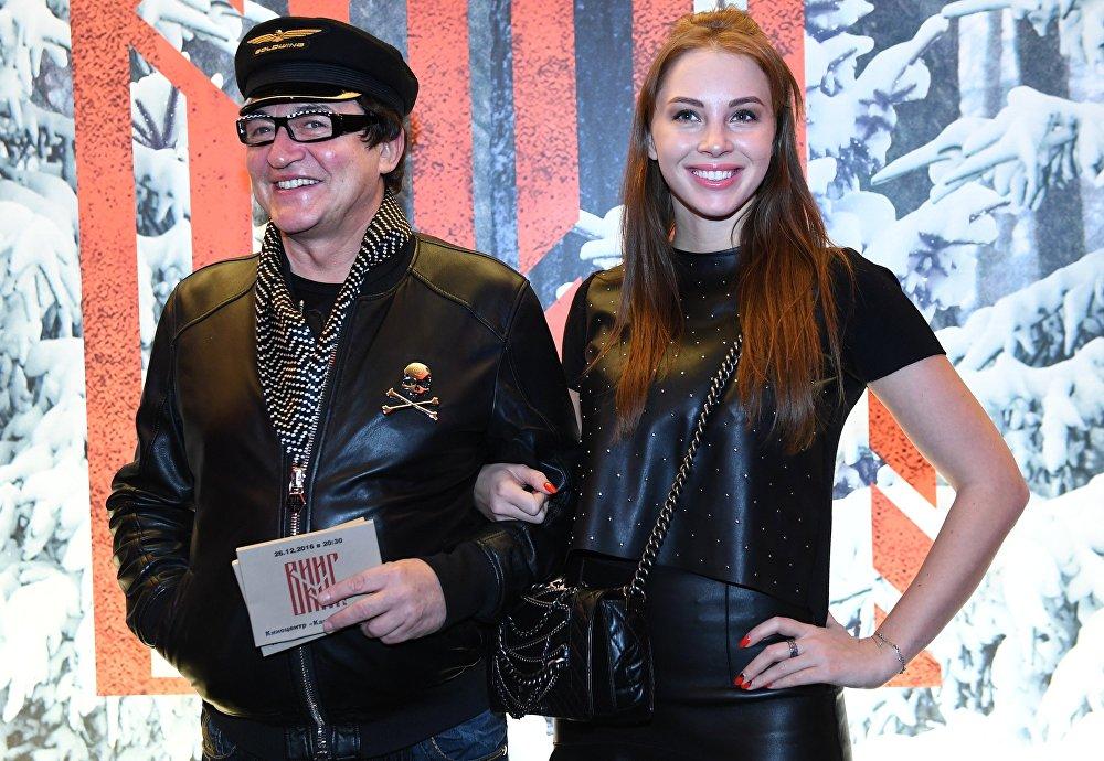 Телеведущий Дмитрий Дибров и его супруга Полина Наградова