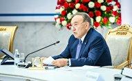 Президент Казахстана Нурсултан Назарбаев на заседании Astana Club