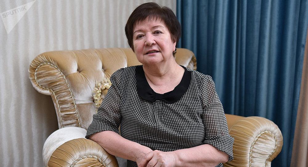 Роза Досумова