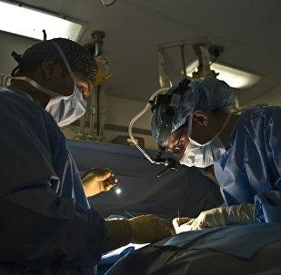 Архивное фото хирургической операции