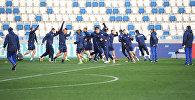 Сборная Казахстана по футболу провела тренировку в столице Грузии - видео