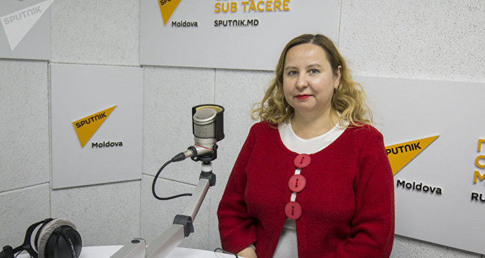 Завкафедры литературы и журналистики ПГУ Светлана Распопова