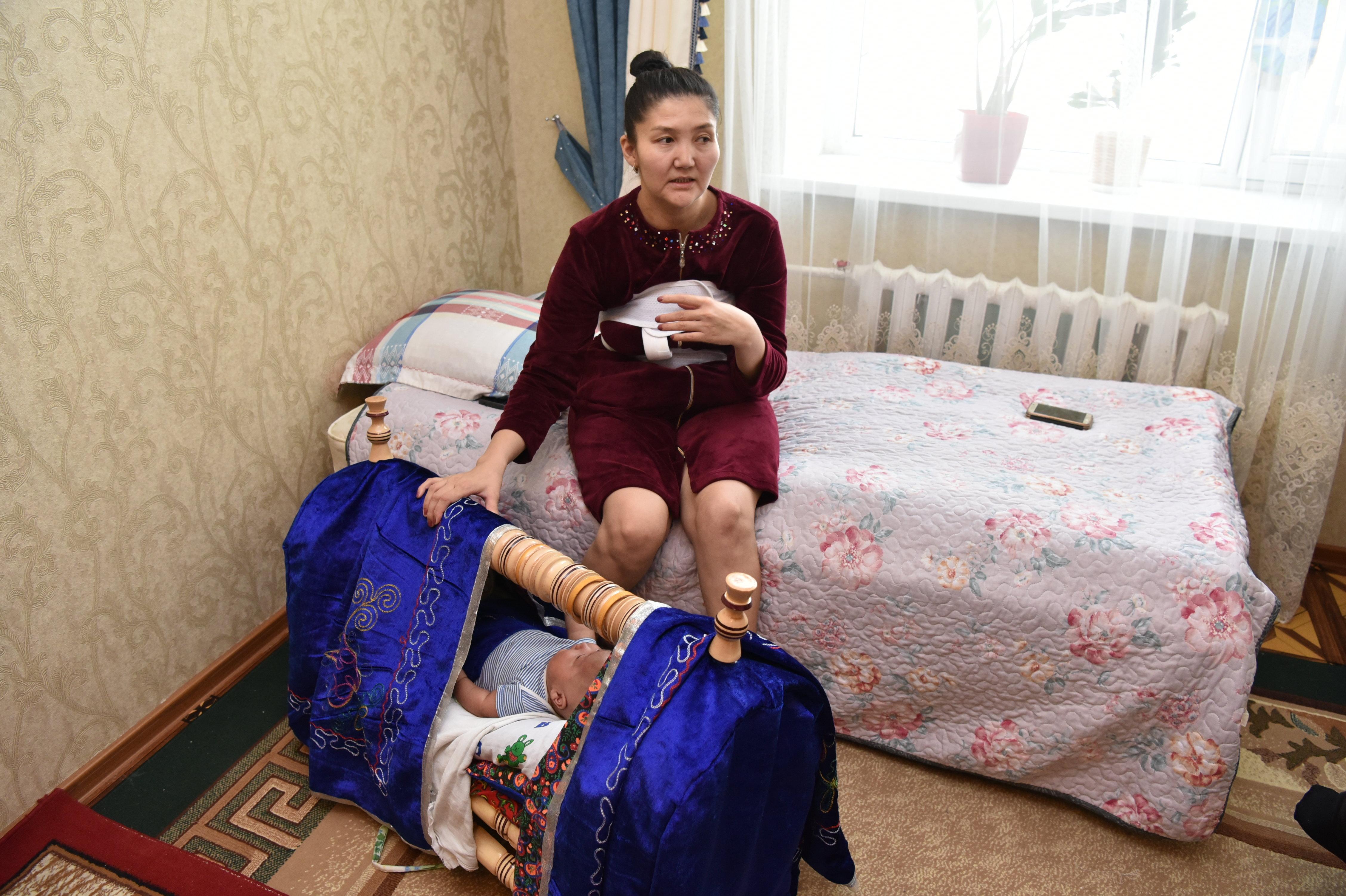 31-летняя Сабира Абенова на 35-й неделе беременности попала в акушерский блок с выраженной сердечной недостаточностью