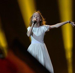 Данэлия Төлешова Балалар Евровидениесінің сахнасында