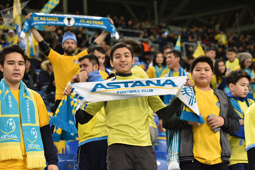 Фото с матча Астана - Динамо