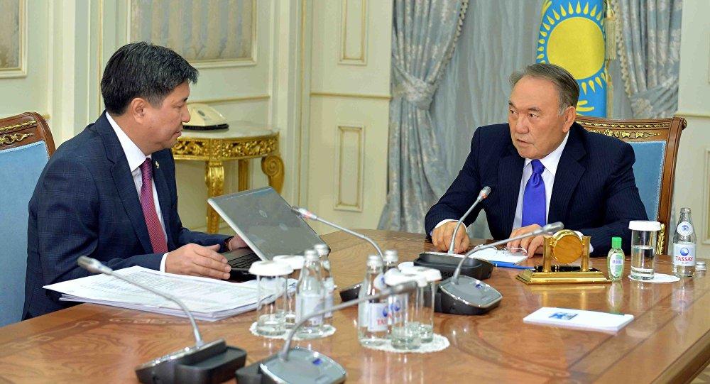 Нурсултан Назарбаев и Жакип Асанов