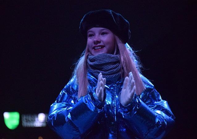 Данэлия Тулешова приняла участие в торжественной церемонии зажжения новогодней елки