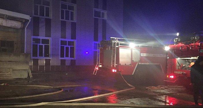 Пожар в промзоне Актау