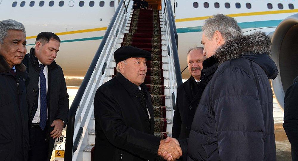 Президент Казахстана Нурсултан Назарбаев прибыл с рабочим визитом в Российскую Федерацию