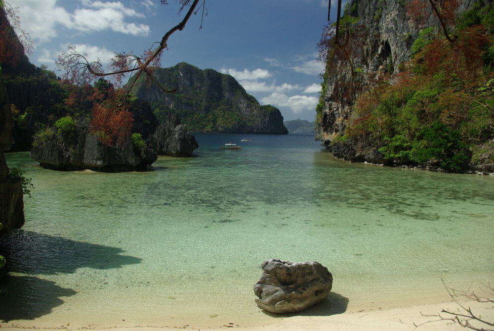 Пляж Эль Нидо на Филиппинах