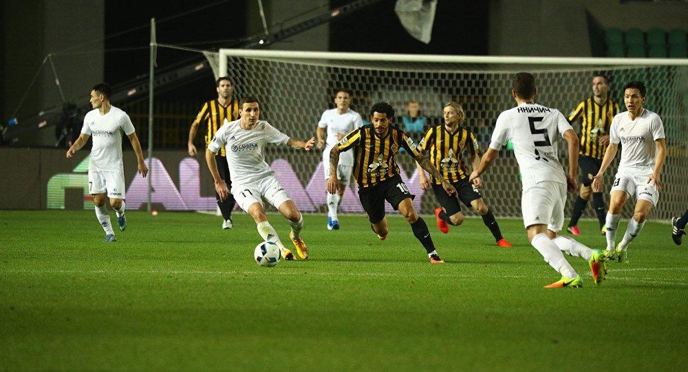 Матч Кайрат - Астана в рамках казахстанской премьер-лиги в Алматы