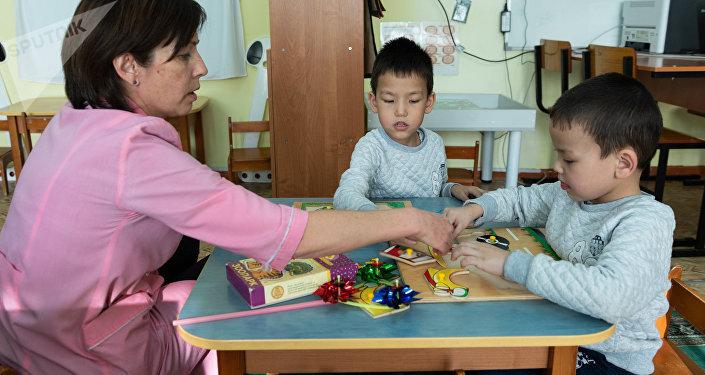 Воспитанники проходят курс реабилитации под наблюдением врачей