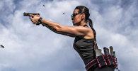 Казахстанка обучает стрельбе дочерей Кадырова