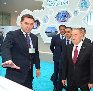 Президент Казахстана Нурсултан Назарбаев принял участие в презентации проектов Карты индустриализации и церемонии награждения победителей премий Парыз и Алтын сапа