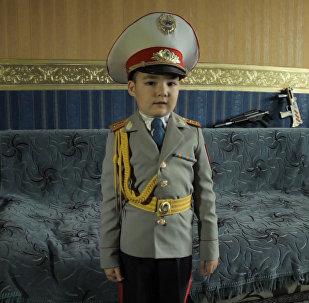 В Казахстане живет самый маленький генерал МВД – видео 6-летнего  полководца