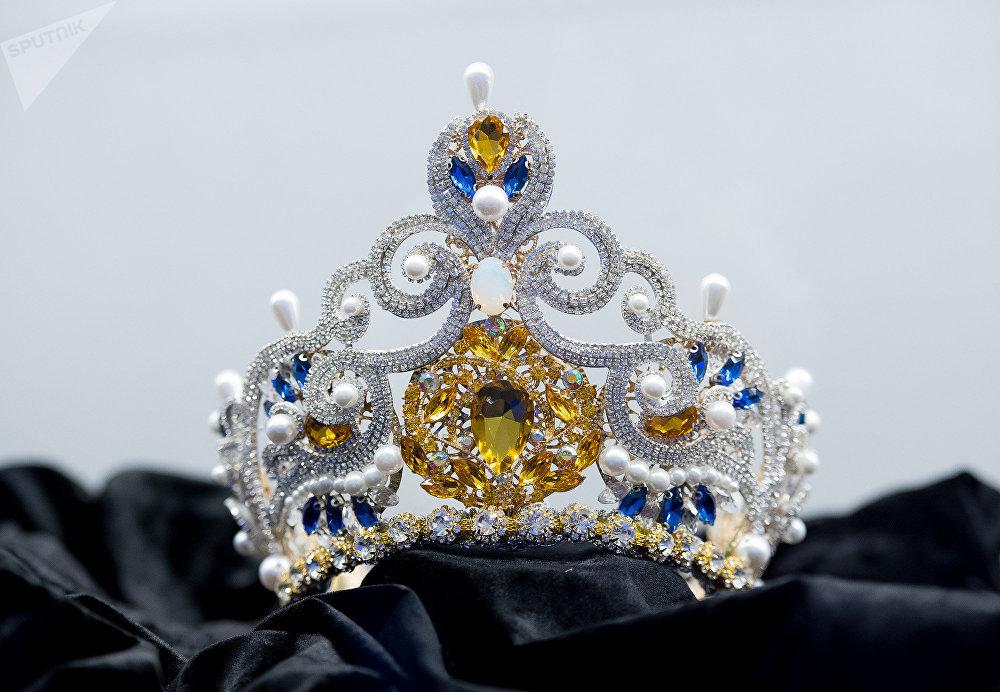 Корона для победительницы конкурса Мисс Астана