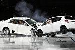 Краш-тест для автомобиля, архивное фото