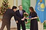 Самал Еслямова Қазақстанның еңбек сіңірген қайраткері атанды