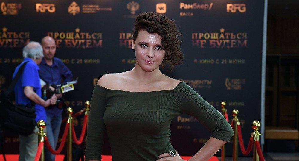 Актриса Янина Мелехова