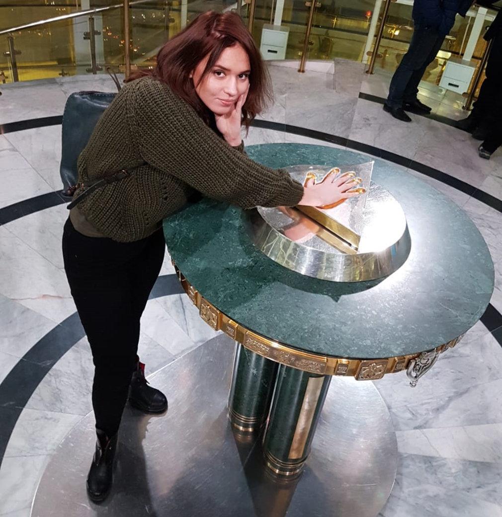 Янина Мелехова, танымал актриса