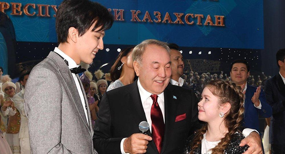 Нұрсұлтан Назарбаев пен Димаш Құдайберген