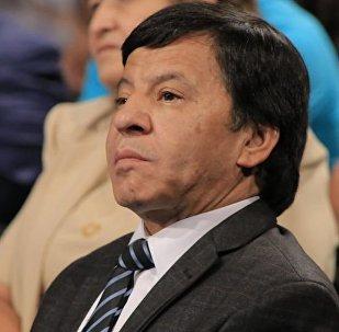 Өзбекстанның еңбек сіңірген әртісі Обид Асомов