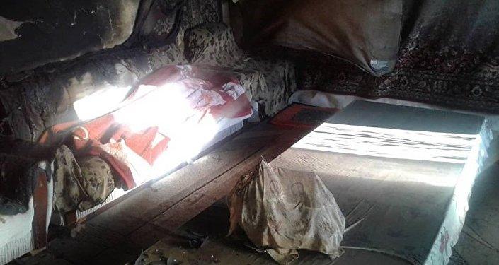 Нарын облысындағы бір отбасыны өлтіріп, өртеп жіберген үй