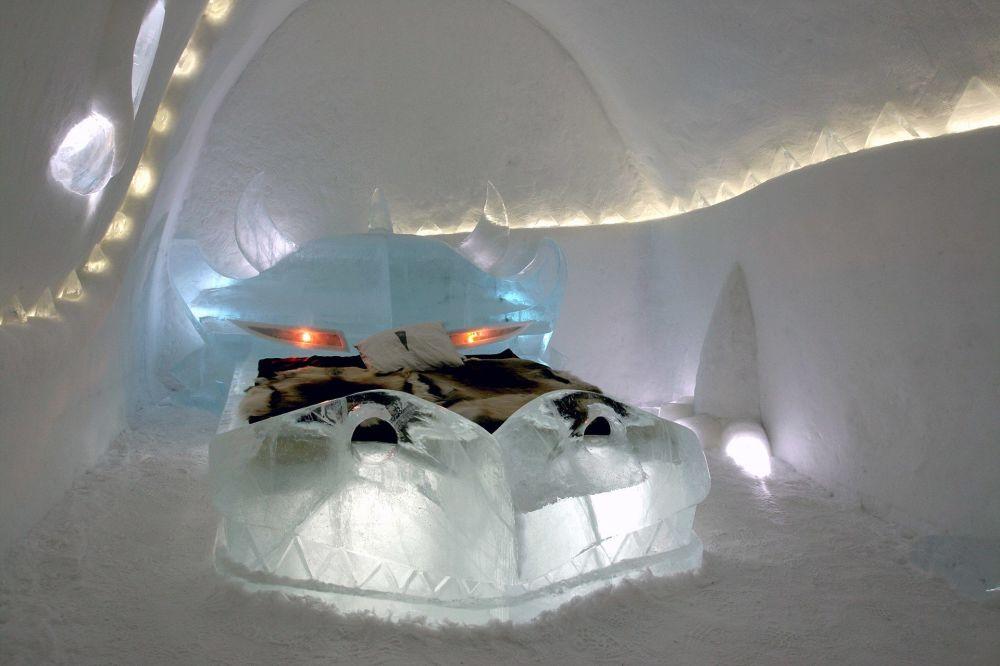 Ледяной отель Dragon в Юккасъярви, Швеция