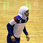 Хиджаб киген футболшы қыз