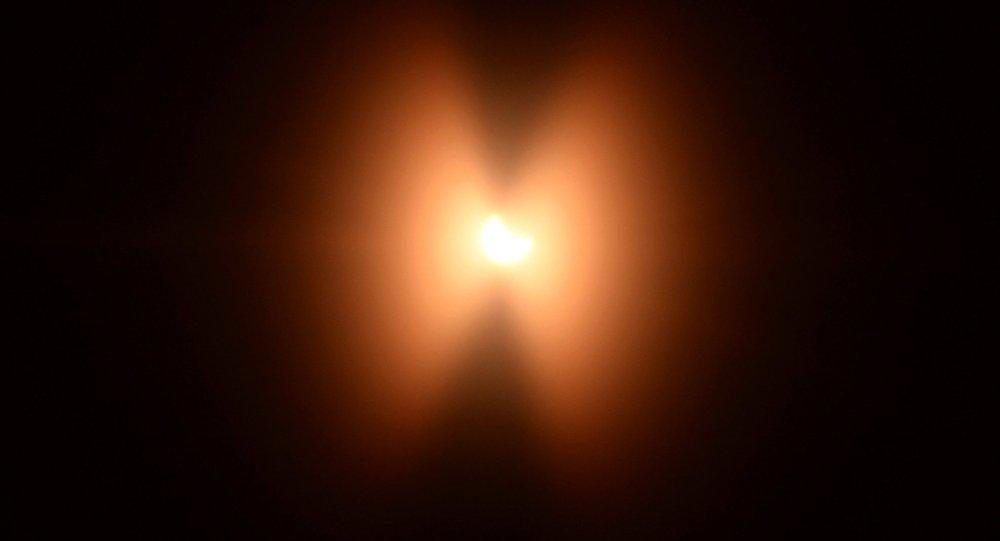 Солнечное затмение, архивное фото