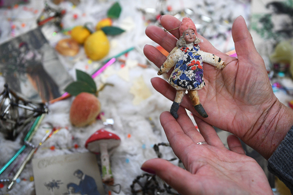 Выставка новогодних игрушек прошлого века в Туле