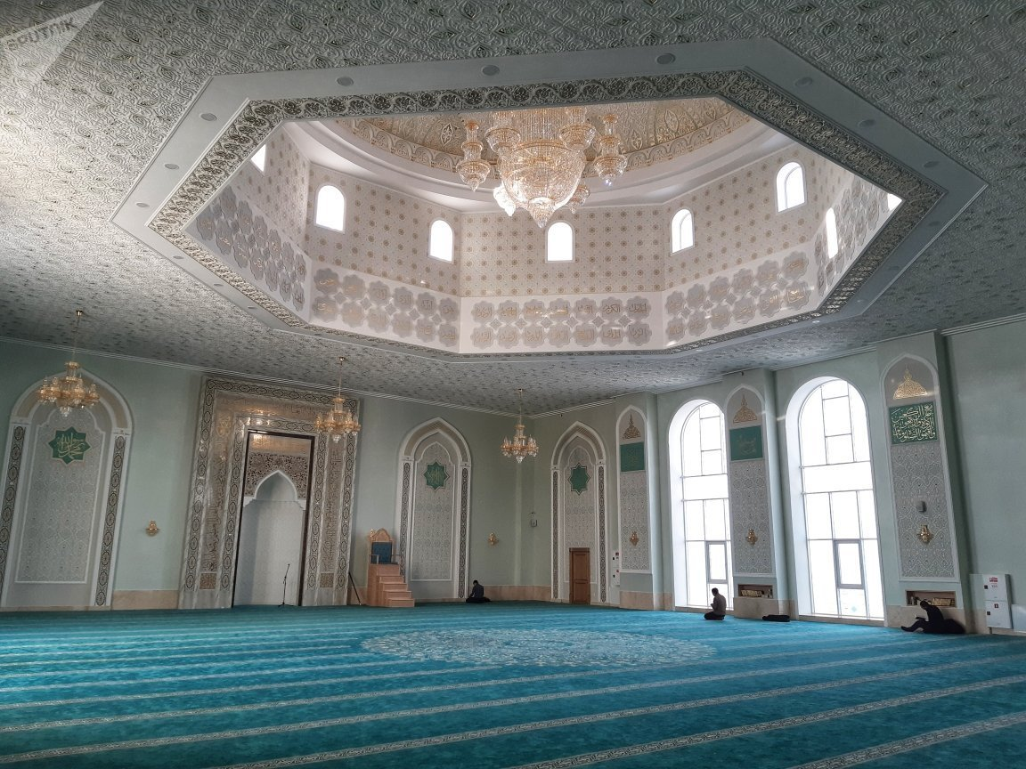 Белая мечеть открылась в Астане