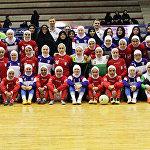Хиджаб киген футболшы қыздар