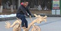 Китаец смастерил необычный велосипед