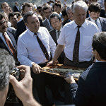 Борис Ельцин Медеу мұз айдынында