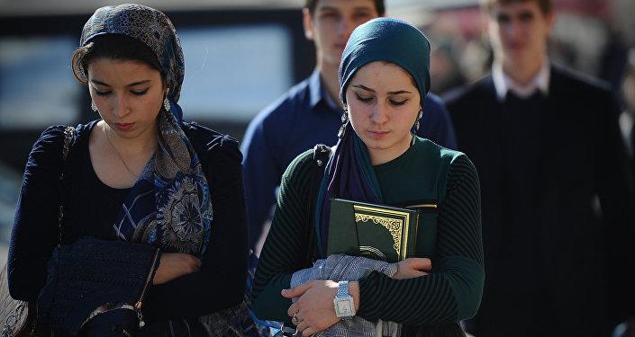 Архивное фото мусульманских девушек